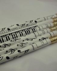 Ceruza - fehér színű - fekete mintás, 3 féle  (billentyűzet/violinkulcs/hangjegy)