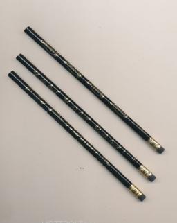 Ceruza - fekete, Bach vagy Beethoven vagy Mozart aláírásával és kottájával