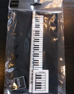 Tolltartó szett - fekete klaviatúrás (tolltartó, + ceruza + radír)